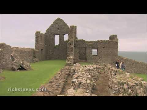 Dunluce Castle, Northern Ireland: Romantic Ruins