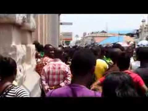 IMMIGRATION WAHALA : SCRAMBLE FOR IMMIGRATION FORMS