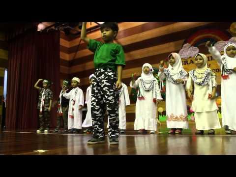 little caliph puncak jalil, the muslim of the world (teacher solehah)