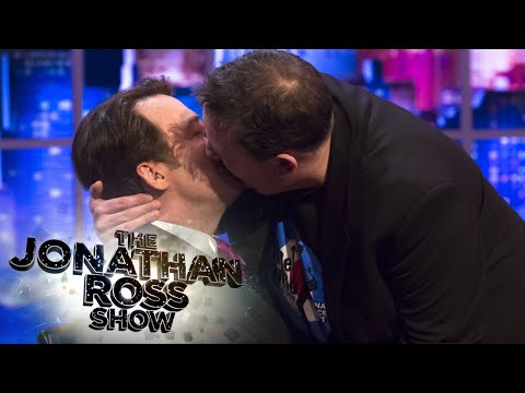 Johnny Vegas Shows How To Kiss On Screen - The Jonathan Ross Show
