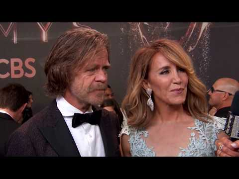 William H Macy & Felicity Huffman Red Carpet Interview / Lonni Paul Design