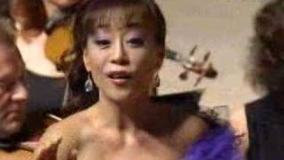 Sumi Jo - Donizetti - Linda - O luce di quest'anima - 2005(2005. July. Seoul, South Korea. Sumi Jo & Dmitri Hvorostovsky, Duo Concert Conductor - Costantin Orbelian Moscow Chamber Orchestra., 2006-08-12T10:27:51.000Z)