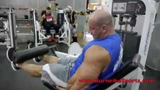 Robert Burneika i trening na nogi 2017 Video