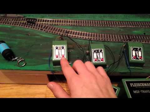 Blockstrecke Anleitung Marklin Decoder m84 (Märklin h0 starter set) von YouTube · Dauer:  6 Minuten 38 Sekunden