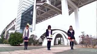 アイドルが大好きな女の子が集まったダンスチーム【nicopi☆】です! チーム自体は30人いますが、今回はその中の3人で、本家PVと同じ場所で踊...