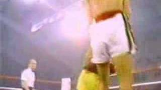 Carlos Zarate vs Guadalupe (Lupe) Pintor (06/03/1979) (4/6)