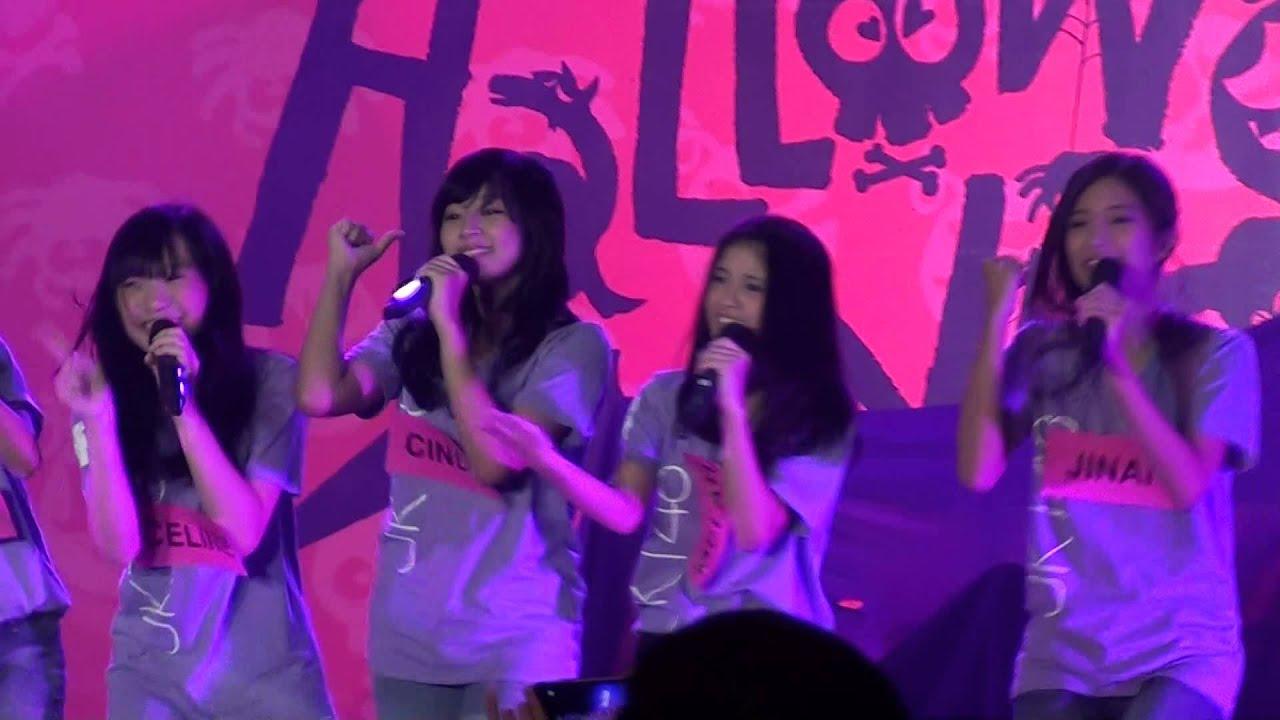 [FANCAM] JKT48 Gen 4 - Yuuhi wo Miteiru ka at HS Halloween ...