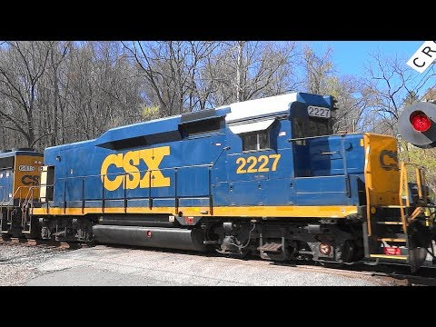 CSX Mixed Freight Train With Slug Set In Avalon