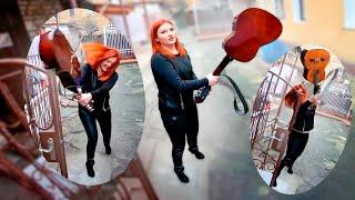 Download МАМКА РАЗБИЛА ГИТАРУ БЕДНОМУ ШКОЛЬНИКУ Mp3 and Videos