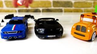 Speedy und Bussy bauen einen Mercedes Benz - Bburago Spielzeugautos - Kinderfilm