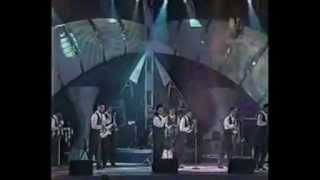 Watch Aaron Y Su Grupo Ilusion El Reloj Cucu video