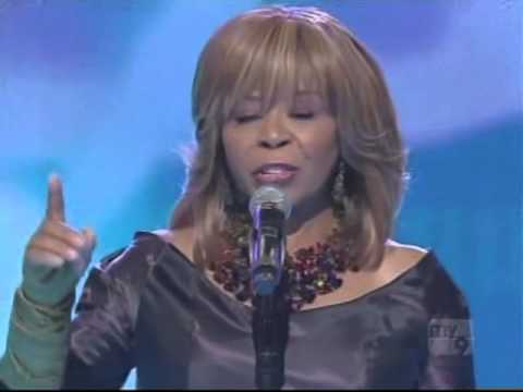 Vanessa Bell Armstrong - Prayer Still Works (Good News)