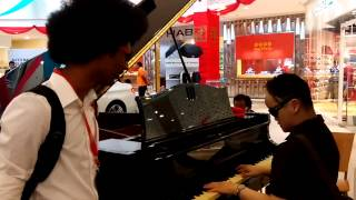 Video Amazing Grace with Colin the pianist at Bangsar Village download MP3, 3GP, MP4, WEBM, AVI, FLV Oktober 2018