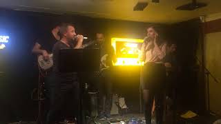 11.11.2017 TARİHLİ KUVARS 80/90lar POP-ROCK Performansımızdan..