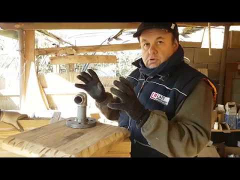 La tecnica di spazzolatura del legno di recupero lapi for Lapi arredamenti