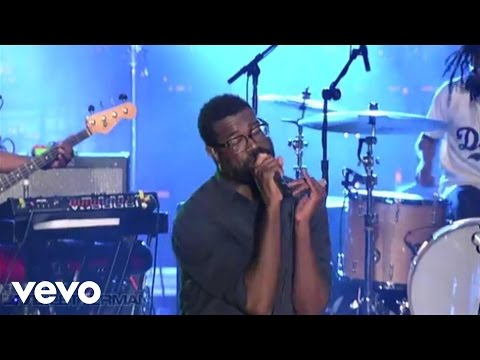 TV On The Radio - Wolf Like Me (Live on Letterman)
