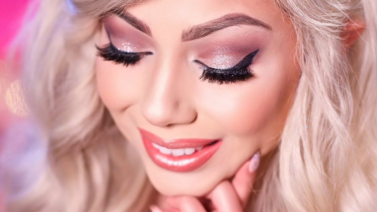 new-year-s-eve-makeup-charisma-star