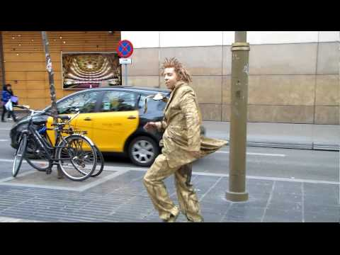 Barcelona street performer of La Ramblas