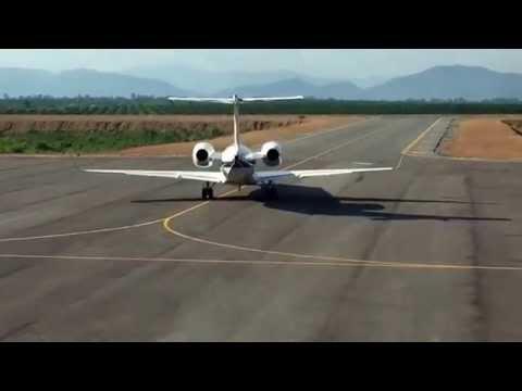 Máy bay bầu Đức, Hoàng Anh Gia Lai tại sân bay quốc tế Attapeu Lào