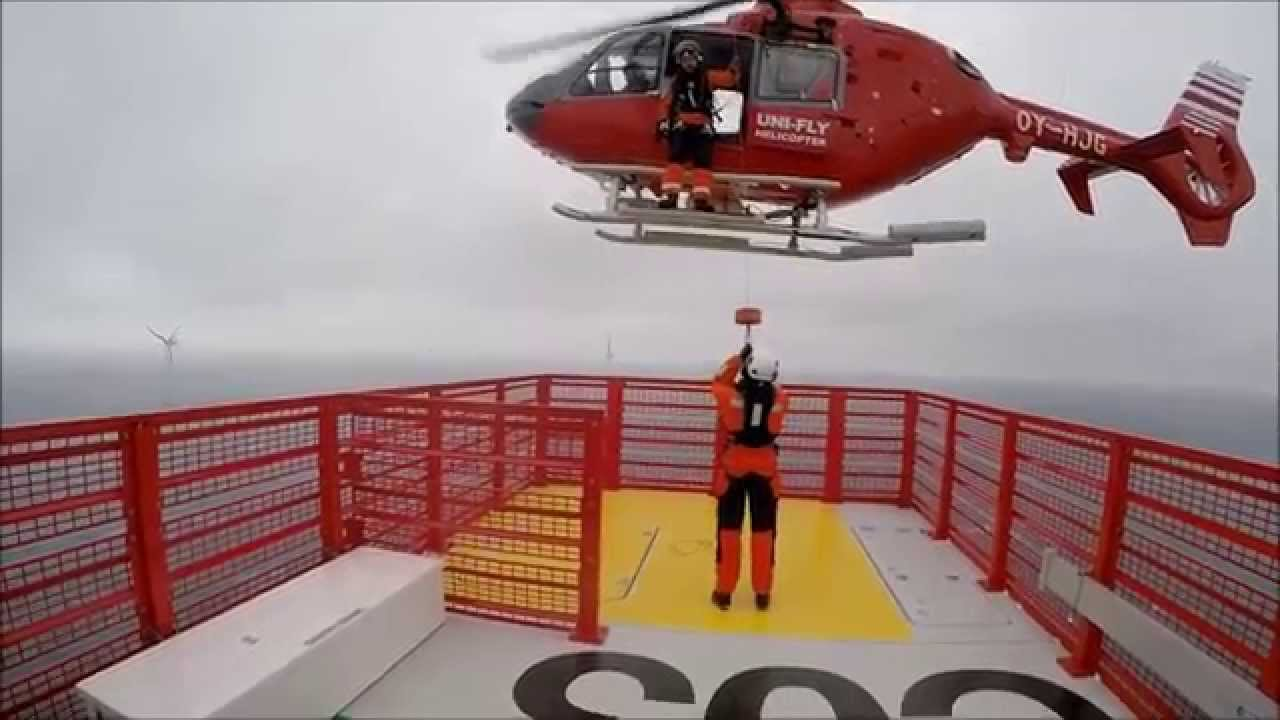 Helicopter Wind Farm Transfer - Westermost Rough - YouTube