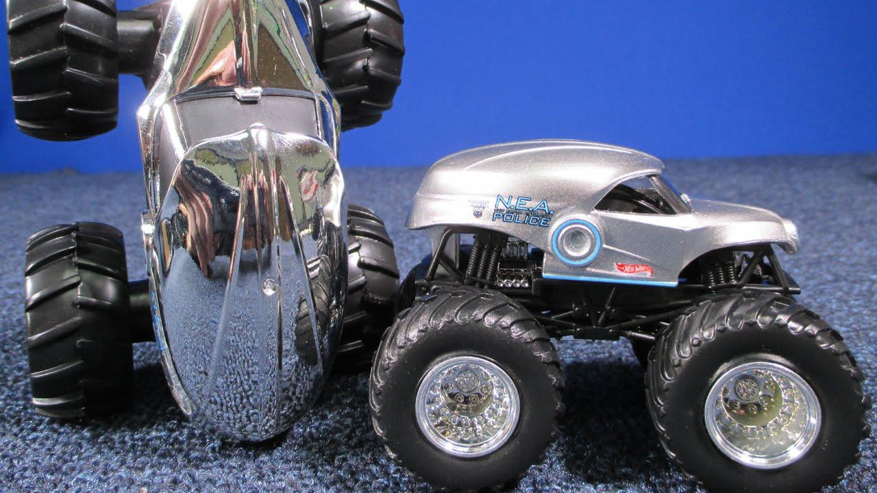 Monster Jam Nea Police Gets A Chrome Body For The Rev