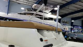 Sea Ray SPX 190 Outboard Boat For Sale at MarineMax Clearwater thumbnail