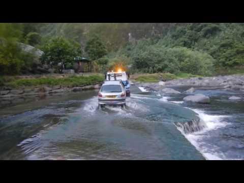 Tahiti 2012 - Traversée de l'ile - retour Faaa part 3