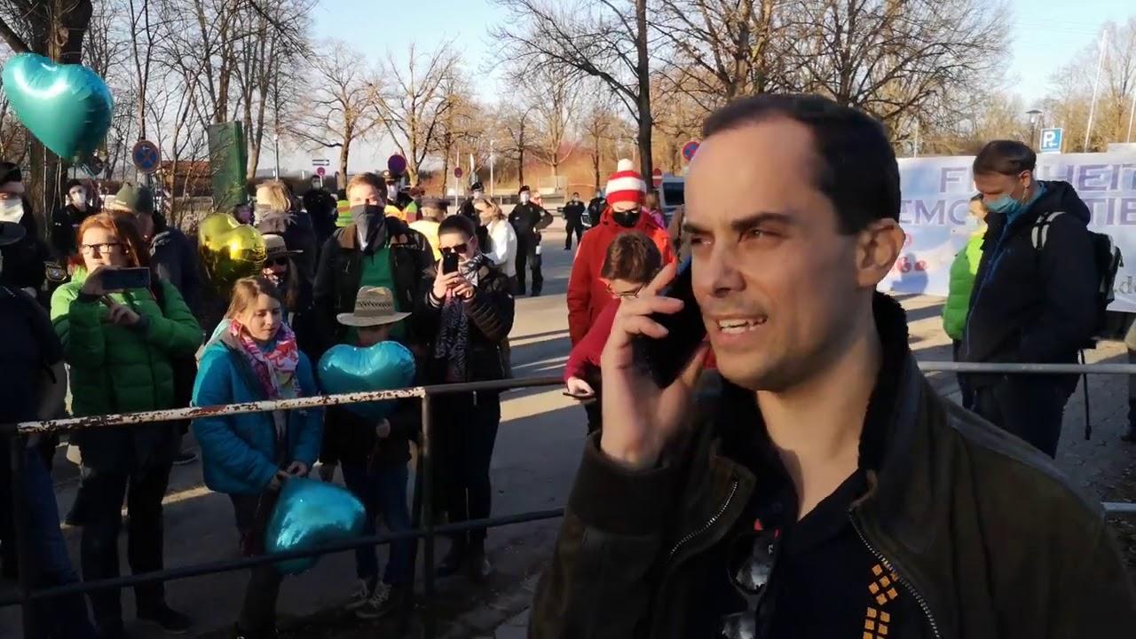 #Samuel #Eckert darf nicht auf #Demo in #Wasserburg sprechen (Badria) 21.02.21