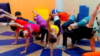 """Yoga Jam. Открытый урок по парной йоге в ФЦ """"Мой спорт"""" - фрагменты"""