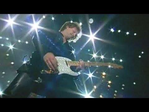 Bon Jovi - Rockin' in the Free World (live in Osaka 2000)