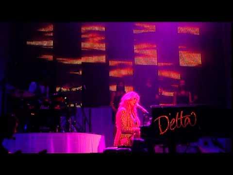 Delta Goodrem  - Lost Without You (Australian Tour 2009 Live)