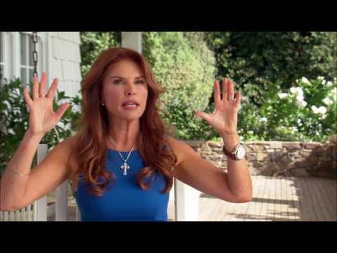 """Son Of God: Roma Downey """"Mary, Mother of Jesus"""" On Set Movie Interview"""