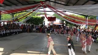 Se lucieron con La Danza de los Viejitos, versión cómica y graciosa, bailable para niños