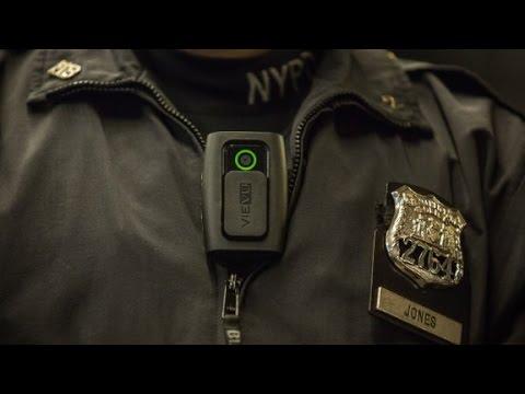 Should police wear body cameras?