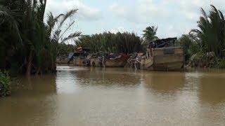 Nhiều hộ dân bức xúc do nạn khai thác cát trái phép trên sông Đồng Nai