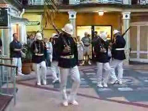 Waikiki, Hawaii Royal Guards