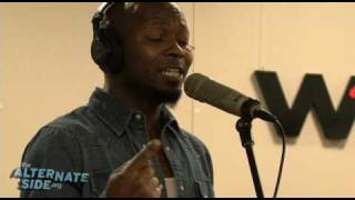 """The Heavy - """"Sixteen"""" (Live at WFUV/The Alternate Side)"""