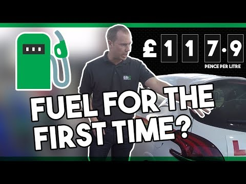 ✅ Putting Fuel In Your CAR For The First Time : Guide For New Drivers