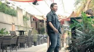 Aidil Revalina - Tak Ingin Kembali MV Mp3