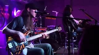 "Stryper ""Jesus is Just Alright"" Live in Pekin, IL 2014"