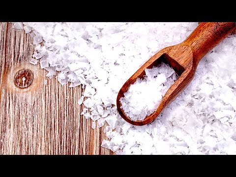 SEE WHAT WILL HAPPEN TO YOUR BODY IF YOU DRINK WARM WATER WITH SEA SALT EVERY MORNING