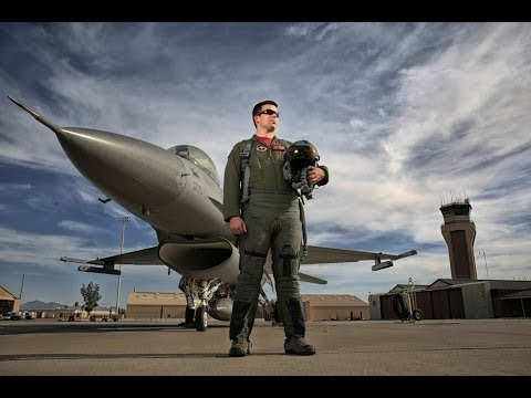 BTS: Using Four 400W Strobes to Outshine the Sun and Properly Light a Fighter Jet