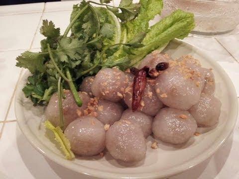 C/w Nana: Lao Stuffed Tapioca Balls (ສະຄູຍັດໃສ້ == Sakhoo Yat Sai)
