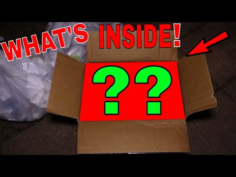 WHATS in THIS Gamestop BOX! Dumpster Dive Gamestop Night #459
