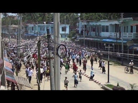 Myanmar forces 'target Rohingya Muslims'