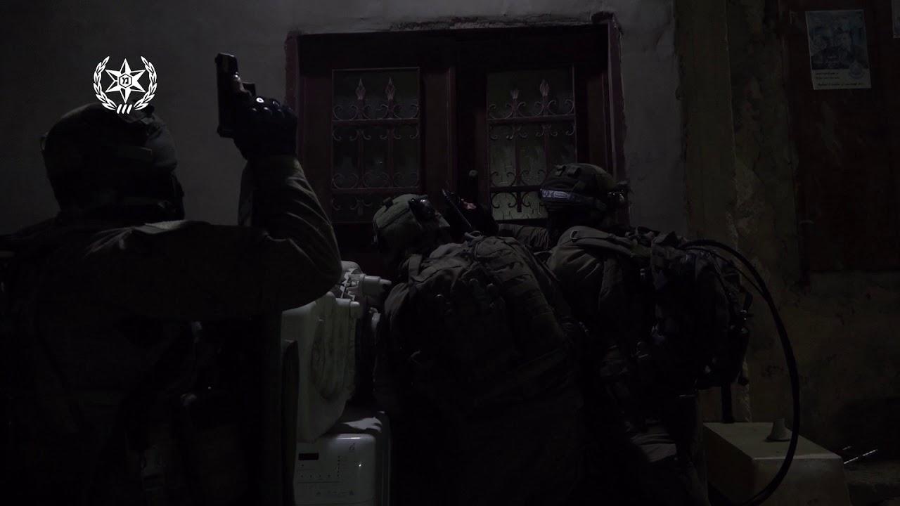 צפו: מעצר מתפרעים ערבים שיידו בקבוקי תבערה ומטענים