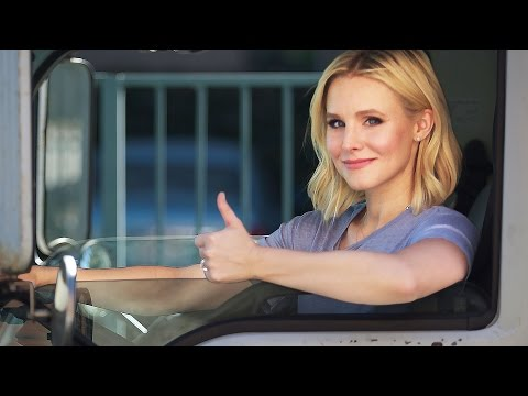 Kristen Bell Helps Move a Family into a New Home  // Omaze