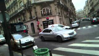Кривые улицы Парижа(Это видео загружено с телефона Android., 2012-01-09T21:34:05.000Z)