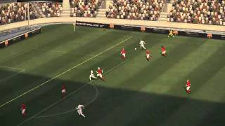 Pro Evolution Soccer 2010 (PC) Gameplay: Classic England vs Classic Netherlands