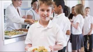 Por qué comen los niños mejor en el comedor del colegio